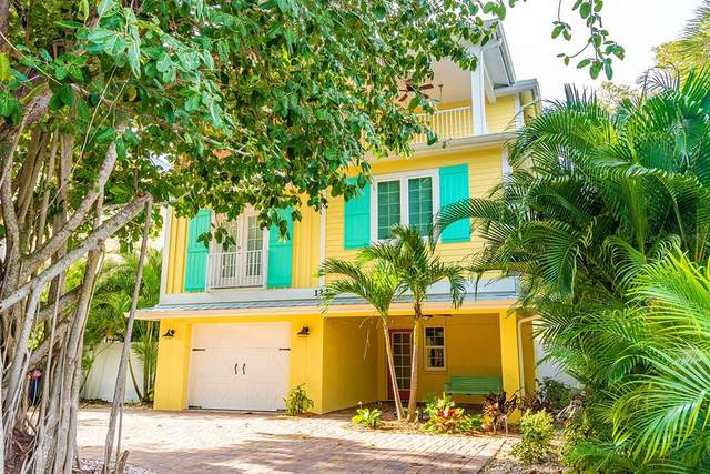 122 White Avenue, Anna Maria, FL 34216 (MLS #A4502839) :: Expert Advisors Group