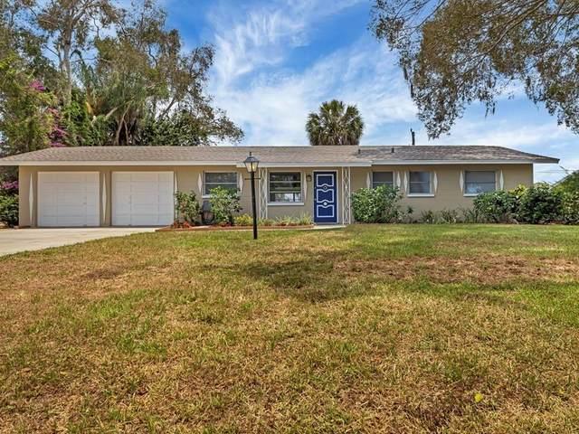 2526 Constitution Boulevard, Sarasota, FL 34231 (MLS #A4503312) :: Godwin Realty Group