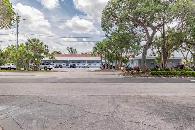 10215 Flamingo Drive #1, Bradenton, FL 34209 (MLS #A4503511) :: Zarghami Group