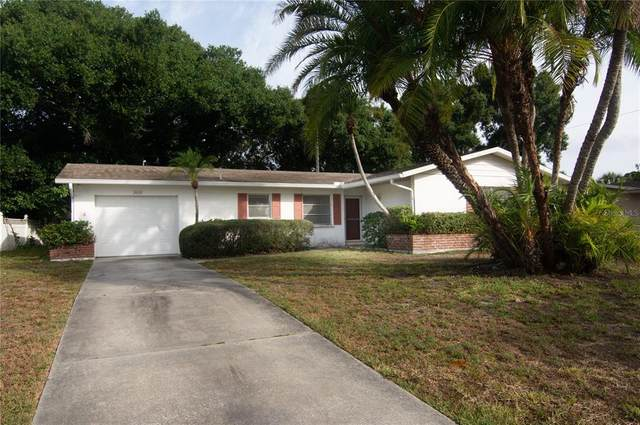 2618 Espanola Avenue, Sarasota, FL 34239 (MLS #A4503522) :: EXIT King Realty