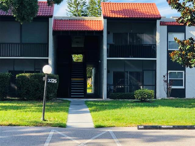 3225 Beneva Road #102, Sarasota, FL 34232 (MLS #A4503563) :: Godwin Realty Group