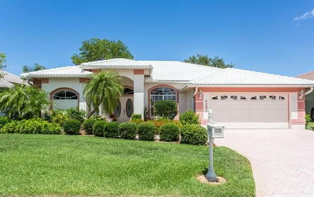 4287 E Hearthstone Drive, Sarasota, FL 34238 (MLS #A4503572) :: Godwin Realty Group