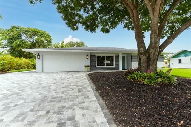 2627 Siesta Drive, Sarasota, FL 34239 (MLS #A4503609) :: The Light Team