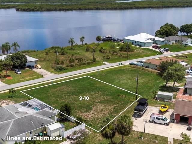2945 Peace River Drive, Punta Gorda, FL 33983 (MLS #A4503620) :: Team Pepka