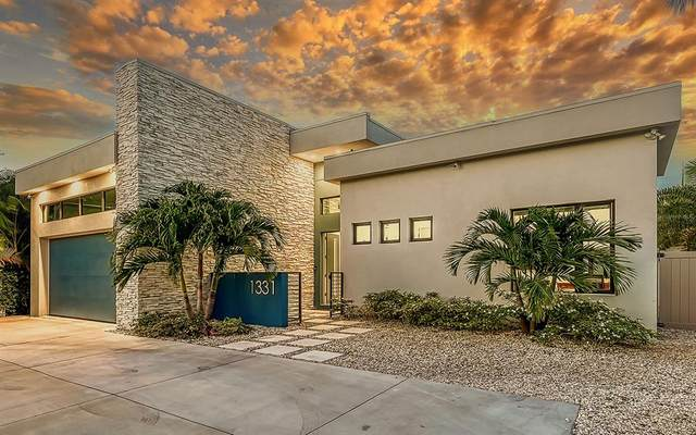 1331 S Osprey Avenue, Sarasota, FL 34239 (MLS #A4503846) :: Kelli and Audrey at RE/MAX Tropical Sands