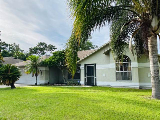 20209 Maxim Parkway, Orlando, FL 32833 (MLS #A4503957) :: The Robertson Real Estate Group