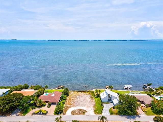 3016 Bay Drive, Bradenton, FL 34207 (MLS #A4504121) :: Everlane Realty