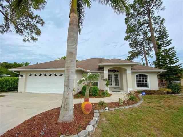 1207 Lemon Bay Drive, Venice, FL 34293 (MLS #A4504461) :: RE/MAX Marketing Specialists