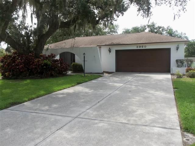 3960 Kingston Drive, Sarasota, FL 34238 (MLS #A4504616) :: Century 21 Professional Group