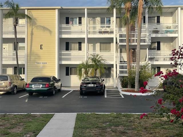 5879 Todd Street E6, Bradenton, FL 34207 (MLS #A4504735) :: Frankenstein Home Team