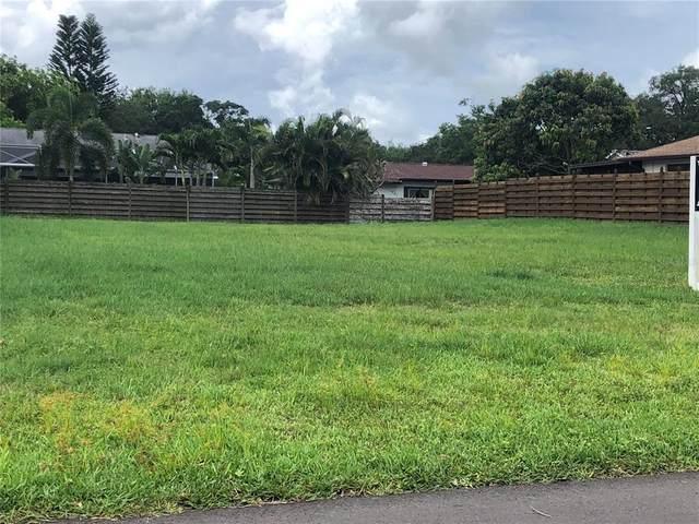 Arrow Avenue, Sarasota, FL 34232 (MLS #A4504968) :: Zarghami Group
