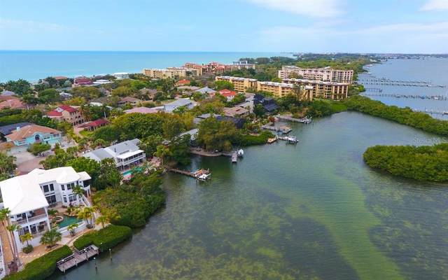 1281 Tree Bay Lane, Sarasota, FL 34242 (MLS #A4505720) :: CARE - Calhoun & Associates Real Estate