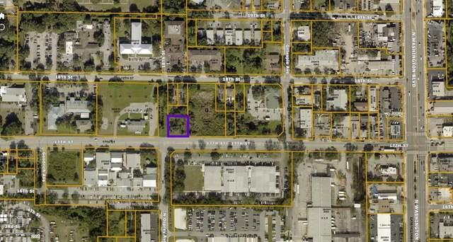 17TH Street, Sarasota, FL 34234 (MLS #A4506252) :: MVP Realty