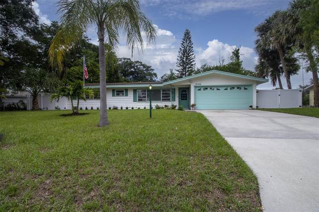 2705 Wisteria Place, Sarasota, FL 34239 (MLS #A4506919) :: McConnell and Associates