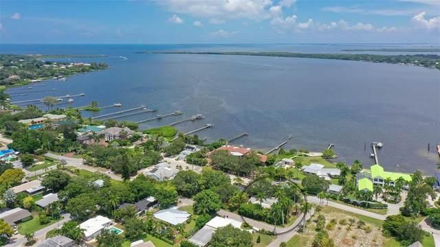6103 Riverview Boulevard, Bradenton, FL 34209 (MLS #A4507823) :: Zarghami Group