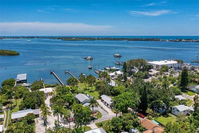 12204 45TH AVENUE Drive W, Cortez, FL 34215 (MLS #A4507929) :: Baird Realty Group