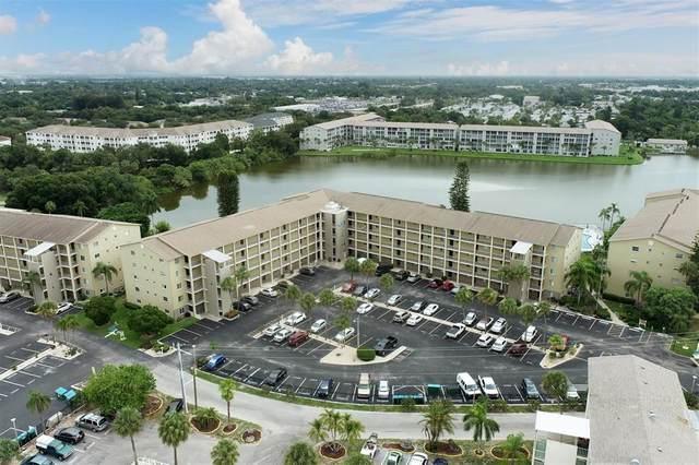 3541 Lake Bayshore Drive J-111, Bradenton, FL 34205 (MLS #A4508200) :: CARE - Calhoun & Associates Real Estate