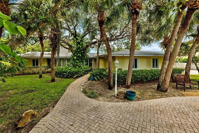 2812 Casey Key Road, Nokomis, FL 34275 (MLS #A4510219) :: SunCoast Home Experts