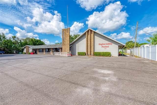 1801 N Lockwood Ridge Rd, Sarasota, FL 34234 (MLS #A4510551) :: McConnell and Associates