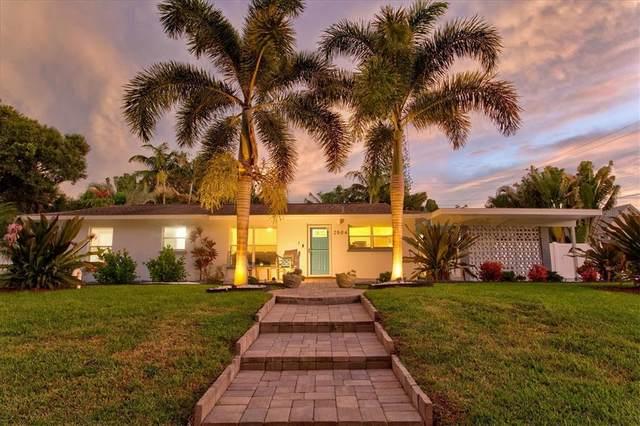 2504 Fruit Tree Drive, Sarasota, FL 34239 (MLS #A4512117) :: The Hesse Team