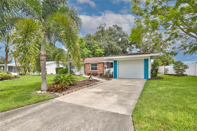 4535 Falcon Ridge Drive, Sarasota, FL 34233 (MLS #A4512276) :: The Robertson Real Estate Group