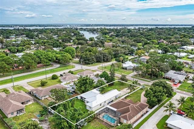 410 67TH Street NW, Bradenton, FL 34209 (MLS #A4512419) :: Stiver Firth International