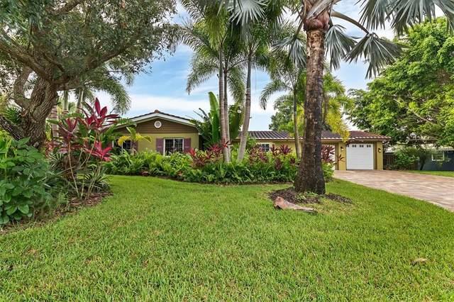 2134 Brookhaven Drive, Sarasota, FL 34239 (MLS #A4512588) :: Cartwright Realty