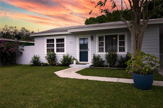 1238 Rhodes Avenue, Sarasota, FL 34239 (MLS #A4512671) :: Cartwright Realty
