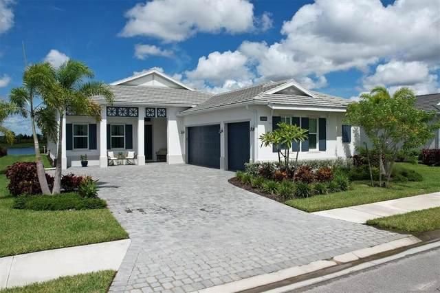 17668 Azul Drive, Lakewood Ranch, FL 34202 (MLS #A4512897) :: SunCoast Home Experts