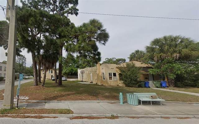 2412 W 9TH Avenue W, Bradenton, FL 34205 (MLS #A4513040) :: Kelli and Audrey at RE/MAX Tropical Sands