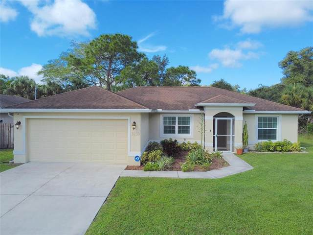 3233 Town Terrace, North Port, FL 34286 (MLS #A4513147) :: Your Florida House Team