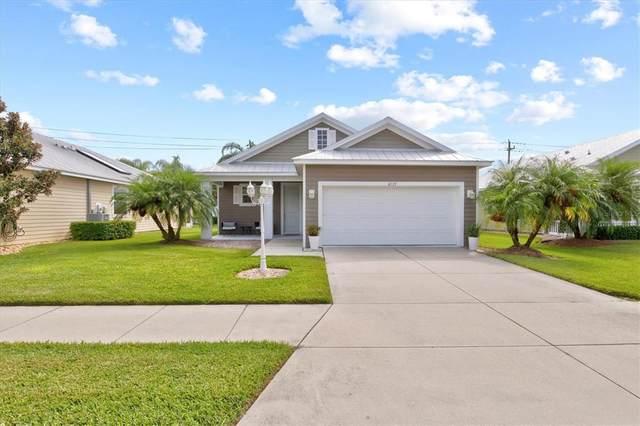 4229 Callista Lane, Sarasota, FL 34243 (MLS #A4513184) :: Globalwide Realty