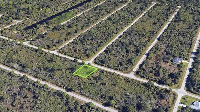 2135 Meetze Street, Port Charlotte, FL 33953 (MLS #A4513329) :: The Curlings Group
