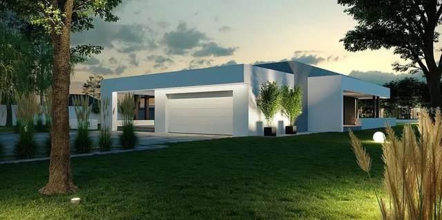 2046 Wisteria, Sarasota, FL 34239 (MLS #A4513344) :: Kreidel Realty Group, LLC