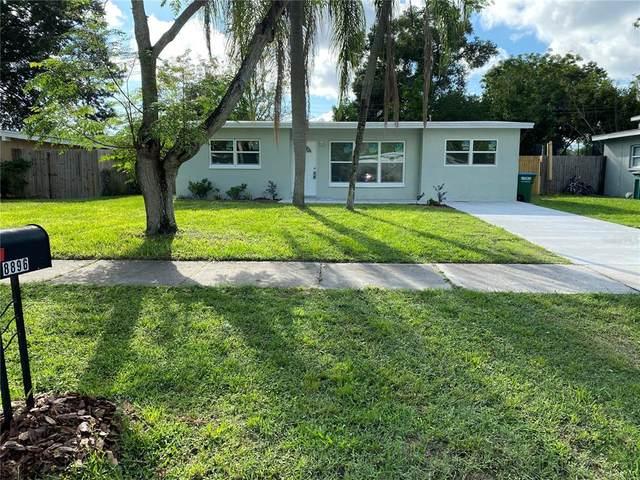 8896 92ND Street N, Seminole, FL 33777 (MLS #A4513466) :: The Truluck TEAM