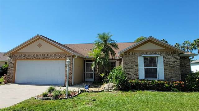 4514 Hamlets Grove Drive, Sarasota, FL 34235 (MLS #A4513599) :: The Truluck TEAM