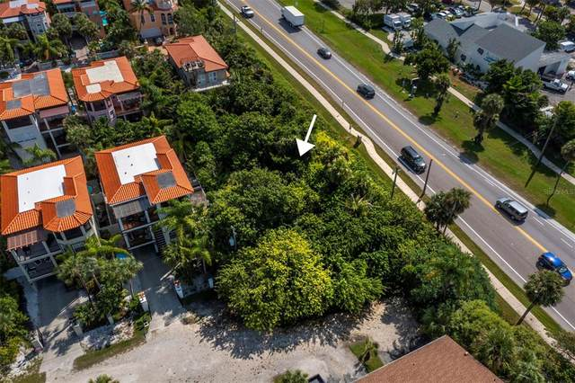 400 Manatee Avenue, Holmes Beach, FL 34217 (MLS #A4514609) :: SunCoast Home Experts