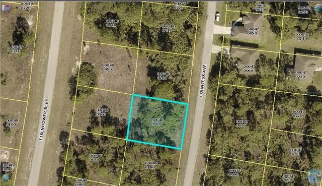 1098 Countess Avenue, Lehigh Acres, FL 33974 (MLS #A4514684) :: Delgado Home Team at Keller Williams