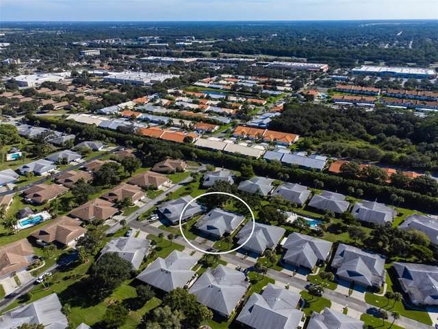 4321 Dresden Lane #22, Sarasota, FL 34233 (MLS #A4514942) :: Medway Realty
