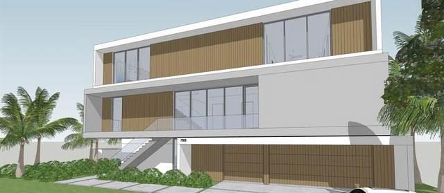 7008 Hawks Harbor Circle, Bradenton, FL 34207 (MLS #A4514983) :: The Kardosh Team
