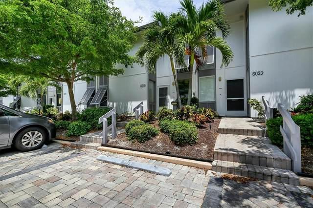 6019 W Peppertree Way #236, Sarasota, FL 34242 (MLS #A4515066) :: CARE - Calhoun & Associates Real Estate
