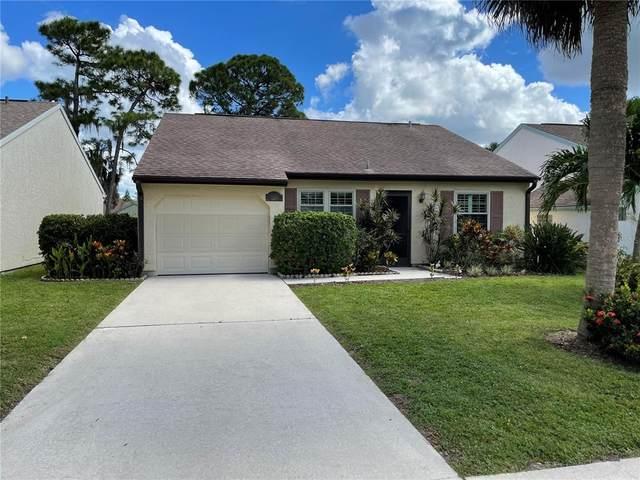 1132 E Corktree Circle, Port Charlotte, FL 33952 (MLS #A4515111) :: Bustamante Real Estate