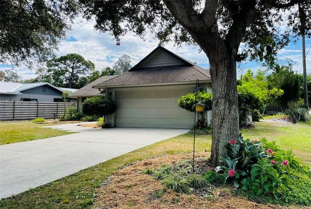 2310 James Lane, Sarasota, FL 34231 (MLS #A4515546) :: The Truluck TEAM