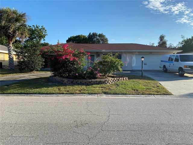 2316 Sunnyside Place, Sarasota, FL 34239 (MLS #A4515898) :: SunCoast Home Experts