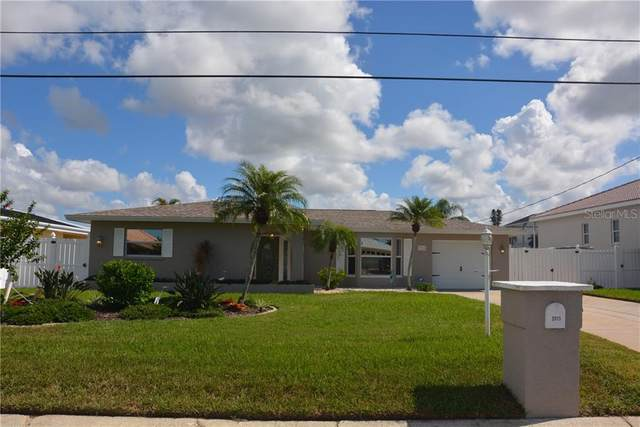 3915 Coconut Terrace, Bradenton, FL 34210 (MLS #B4900607) :: Realty Executives Mid Florida