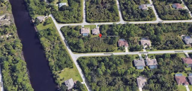 1454 Youngman Street, Port Charlotte, FL 33953 (MLS #C7400727) :: The Duncan Duo Team