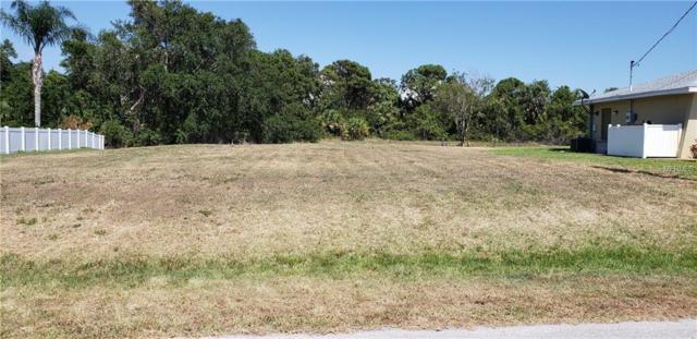 155 Mark Twain Lane, Rotonda West, FL 33947 (MLS #C7401150) :: Team Pepka