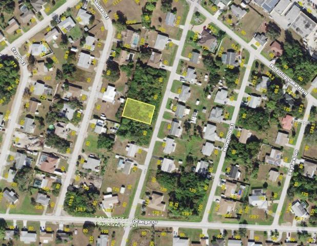 654 W Tarpon Boulevard NW, Port Charlotte, FL 33952 (MLS #C7402766) :: Griffin Group