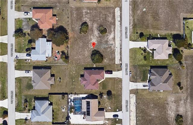 1812 2ND Place, Cape Coral, FL 33993 (MLS #C7403484) :: The Duncan Duo Team