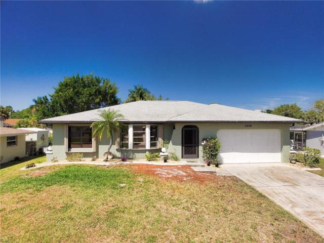3225 Magnolia Way, Punta Gorda, FL 33950 (MLS #C7414454) :: The Duncan Duo Team